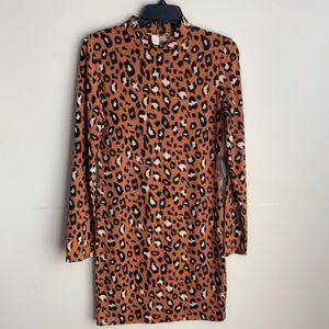NWT Forever 21 leopard print long sleeve dress